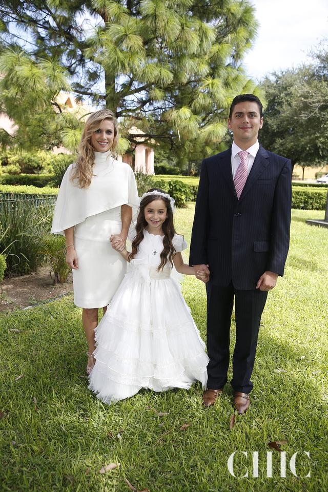 vicky-yarte-vestido-de-comunion-en-mexico-baunda-