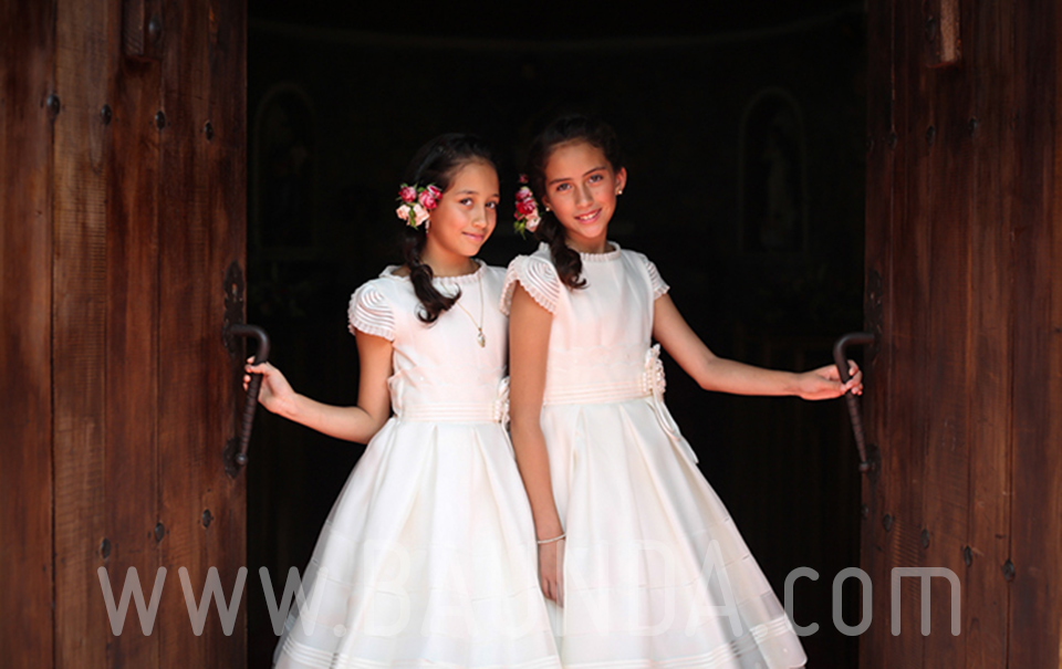 vestidos-de-comunion-de-seda-natural-en-vallehermoso-mexico-baunda