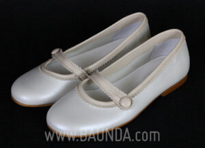 Zapatos de comunión marfil y tostado 2017 Baunda Z1708