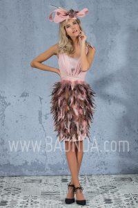 Vestido corto de plumas rosa palo 2017 Isabel Campos 1701