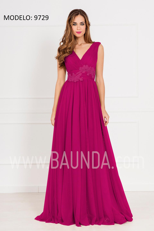 Ya estamos cansadas de los mismos modelos y colores de los vestidos de fiesta para bodas. Ya es hora de dar un poco de exclusividad a nuestro look con elegancia, mezclando un poco el color y jugando con el largo del vestido.