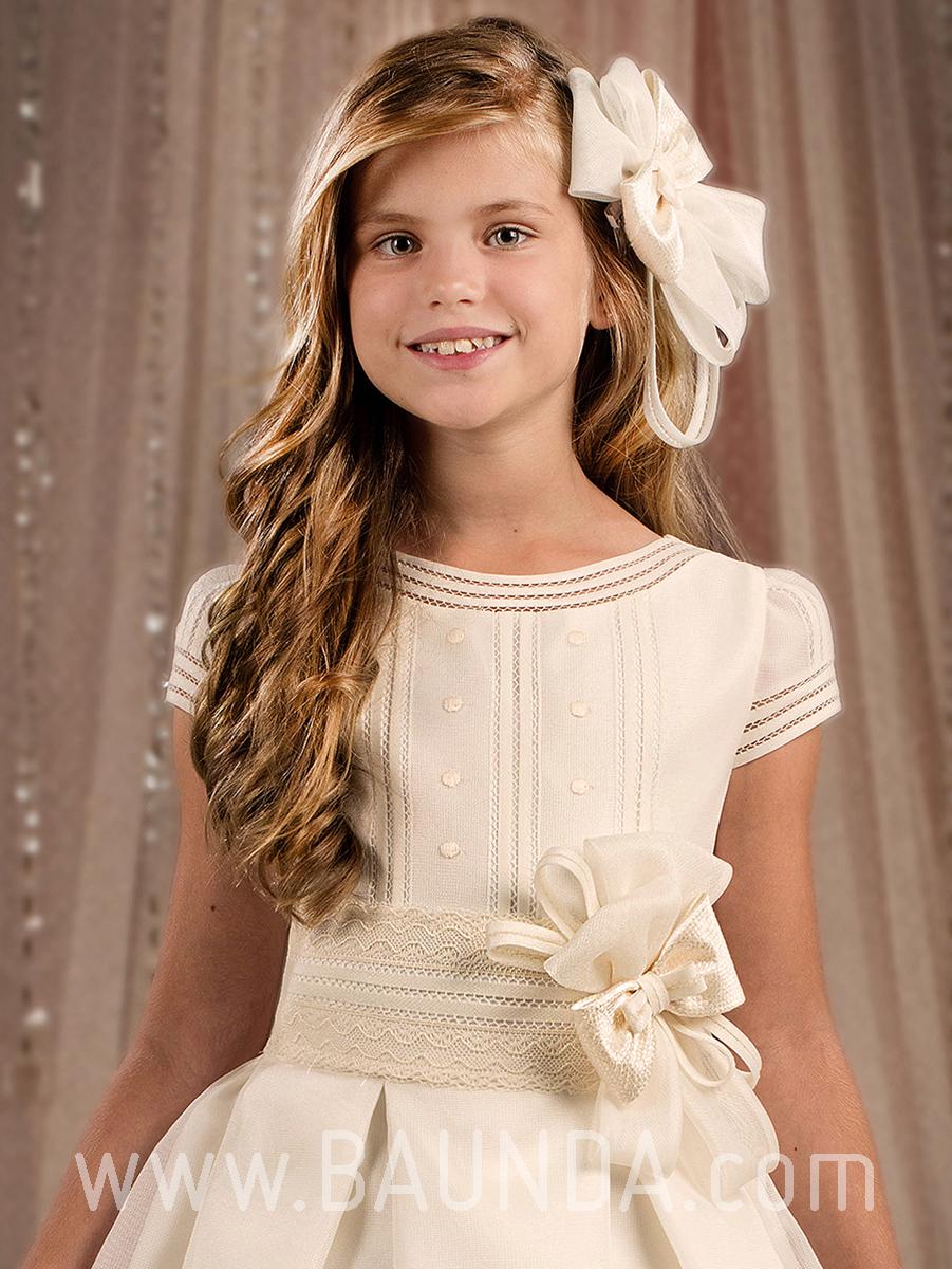 Imagenes de vestidos tejidos para primera comunion