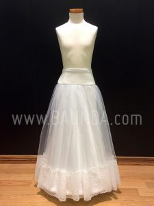 Communion petticoat with lace for girl