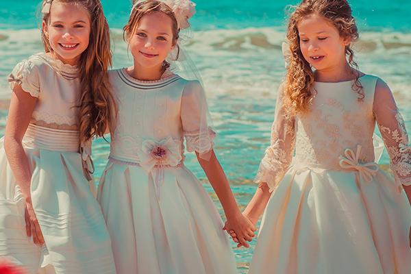La elegancia de los vestidos de comunión en seda natural 2018