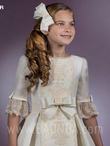 Vestido de comunión 2018 Angel Schlesser H407 detalle