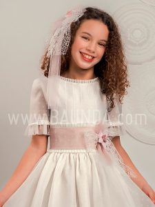 Vestido comunión manga al codo Lola Rosillo 2019 modelo Q300 cuerpo