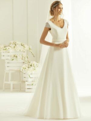 Vestido de novia sencillo y moderno