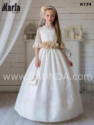 Precioso vestido de comunión de Marla 2020, realizado en tejido rústico y gasa de tul de falda con volumen.