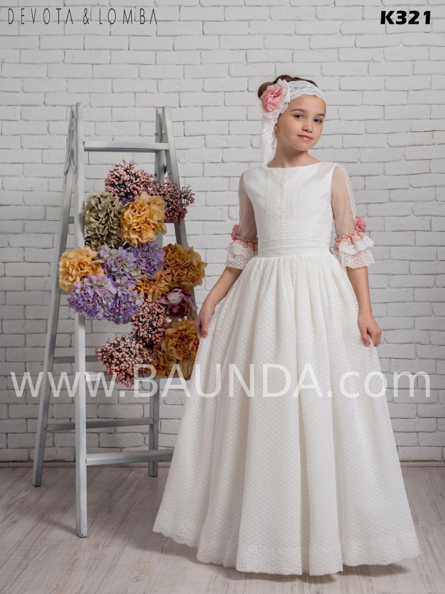 Vestido de comunión colección 2020 Devota Lomba modelo k321 vintage precioso confeccionado en tul plumeti