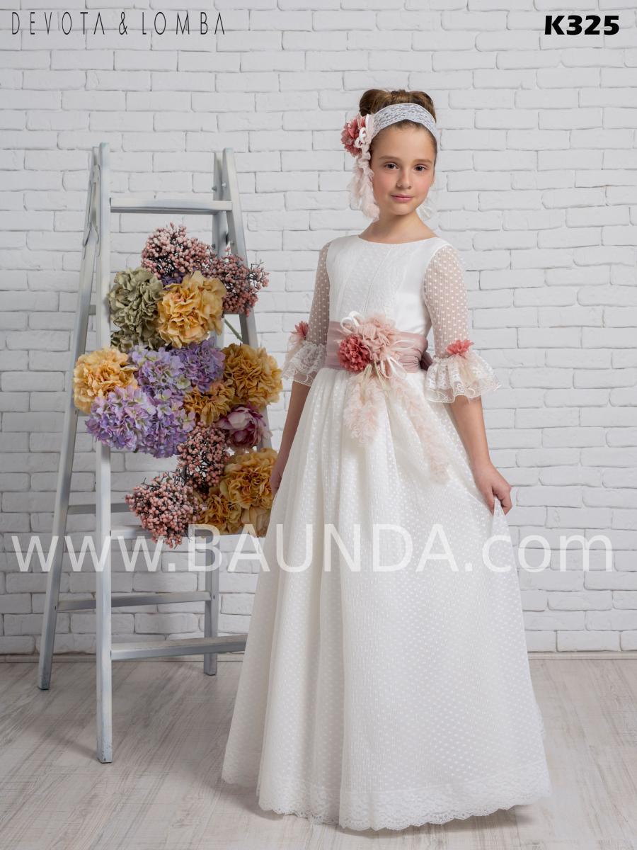 Vestido de comunión colección 2020 Devota Lomba modelo k325 romántico en tono rosa y manquita francesa